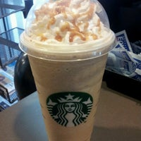 Photo taken at Starbucks by Pechluck L. on 5/9/2013