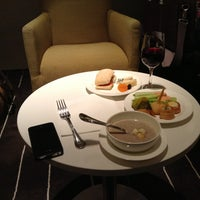 Photo taken at British Airways (BA) First/Business Class Lounge by Sosho K. on 9/25/2013