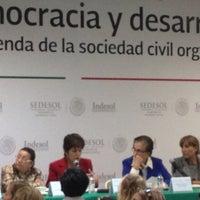 Foto tomada en Indesol por Odín R. el 8/22/2013