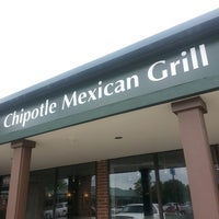 Photo taken at Chipotle Mexican Grill by Brittany H. on 8/5/2013
