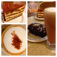 Photo taken at The Coffee Bean & Tea Leaf by Poy G. on 2/13/2013