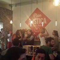 6/6/2014にJonatan B.がPizza Rusticaで撮った写真