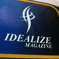 Photo taken at Idealize Magazine by Danilo R. on 7/4/2013