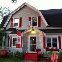 Photo taken at Charlottetown backpackers inn by Michiko O. on 7/16/2013