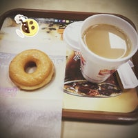 Photo taken at Dunkin' Donuts by Saud ♊️ ♚. on 10/3/2016