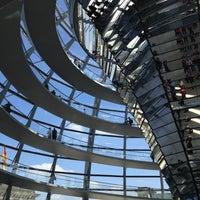 5/19/2013にMassimo B.がReichstagskuppelで撮った写真