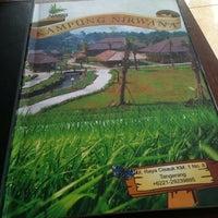 Photo taken at Restoran Kampung Nirwana by Dyah Dewi P. on 9/1/2013