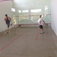 Photo taken at Natural SQUASH Fitnes by Anderson S. on 5/24/2014