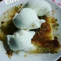Photo taken at Özkaymak Pastaneleri by Serkan U. on 9/21/2016