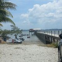 Photo taken at Fishing Bay Resort, Mersing by beehamalham on 3/11/2014
