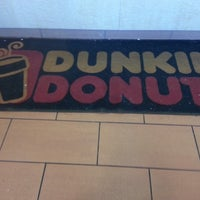 Photo taken at Dunkin' Donuts / Baskin-Robbins by Bobby B. on 5/12/2013