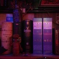 Foto tomada en Kentucky Bar por Vanessa P. el 12/15/2013