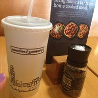 Photo taken at Noodles & Company by Zezywiffy Z. on 9/29/2013