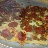 Photo taken at Formacio Pizzeria by Isaac J. on 10/4/2013