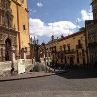 Foto tomada en Plaza de La Paz por Saul F. el 2/16/2013