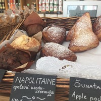 Photo taken at Gourmet Club Deli & Cafe by Natali Õ. on 6/5/2016