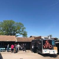 Снимок сделан в Valentina's Tex Mex BBQ пользователем Kevin R. 4/24/2018