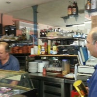 Photo taken at Cafeteria Vistalegre (aka Ernesto) by José A. C. on 9/7/2013