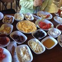 Photo taken at Atan Kardeşler Kahvaltı by Esra K. on 8/13/2013