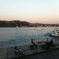 7/25/2013 tarihinde Zeynep T.ziyaretçi tarafından Çapa Restaurant'de çekilen fotoğraf