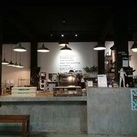 Photo prise au Factory Espresso Bar par @NADITLY le3/11/2018