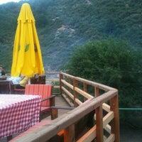 7/13/2013 tarihinde Sevil A.ziyaretçi tarafından Ornaz Vadi Restaurant'de çekilen fotoğraf