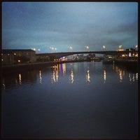 Photo taken at Tradeston-Broomielaw Bridge (Squiggly) by Tahir M. on 9/23/2013