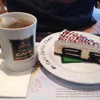 Photo taken at dr.CAFÉ Coffee by Vicky H. on 10/21/2013