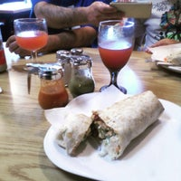 Photo taken at Taqueria Los Portales by Rogers Park Chamber of Commerce on 6/14/2016