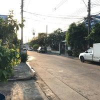 Photo taken at หมู่บ้านนักกีฬาแหลมทอง by Beer P. on 5/1/2017