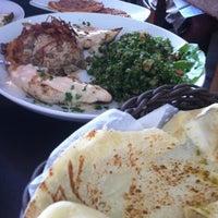 Foto tirada no(a) Saj Restaurante por Vera D. em 12/2/2012