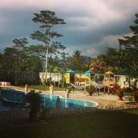 Photo taken at Puncak Raya Hotel & Resorts by Aryani G. on 11/28/2013