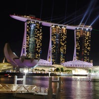 Photo taken at Marina Bay Sands Hotel by Vee A. on 6/30/2013