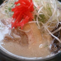 Photo taken at 拉麺劇情 by 埴輪咲 刹. on 6/27/2014