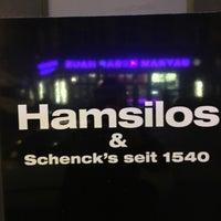 Photo taken at Hamsilos & Schenck's by Thiago S. on 1/19/2018