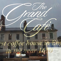 Photo taken at The Grand Café by Emrah B. on 5/27/2014