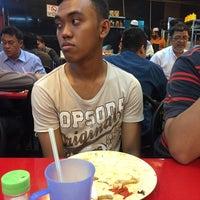 Photo taken at Restoran Selera Ampang by Abu Aiman F. on 8/9/2016