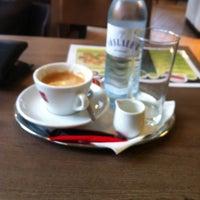 Photo taken at Cafe Bäckerei Woltron by Martin E. on 10/5/2013