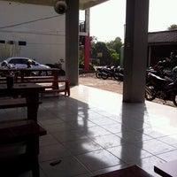 Photo taken at SMA Negeri 16 Surabaya by Nelly A. on 6/28/2013