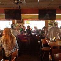 Photo taken at Applebee's Neighborhood Grill & Bar by Melik B. on 2/6/2016