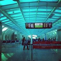 Photo taken at Rio de Janeiro Santos Dumont Airport (SDU) by Júlio A. on 8/28/2013