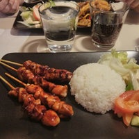 Photo taken at Ha-mi Vietnamese Food by Karine V. on 10/5/2013