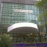 Foto tirada no(a) Shopping Frei Caneca por Danilo C. em 1/25/2013