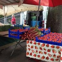 Das Foto wurde bei Rheinischer Bauernmarkt Pempelfort von Michael W. am 4/26/2014 aufgenommen