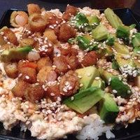 Foto tomada en Smart Sushi por Jess Y. el 9/15/2013