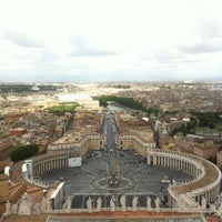 Photo taken at St. Peter's Basilica by Mattias K. on 5/30/2013