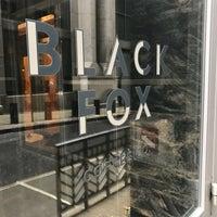 Foto tomada en Black Fox Coffee Co. por D. Bob el 3/13/2018