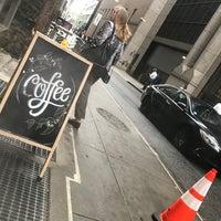 9/11/2018にD. BobがBlack Fox Coffee Co.で撮った写真