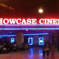 Foto tomada en Showcase Belgrano por Agostina O. el 8/2/2013