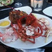 Photo prise au Chart House Restaurant par Columbia C. le5/17/2013